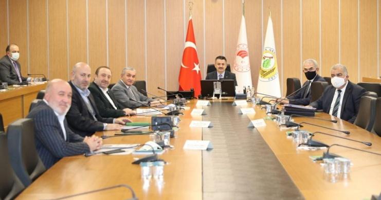 Genel Başkan Öztürk, Tarım-Orman Çalışanlarının Talep ve Sorunlarını Bakan Pakdemirli'ye İletti