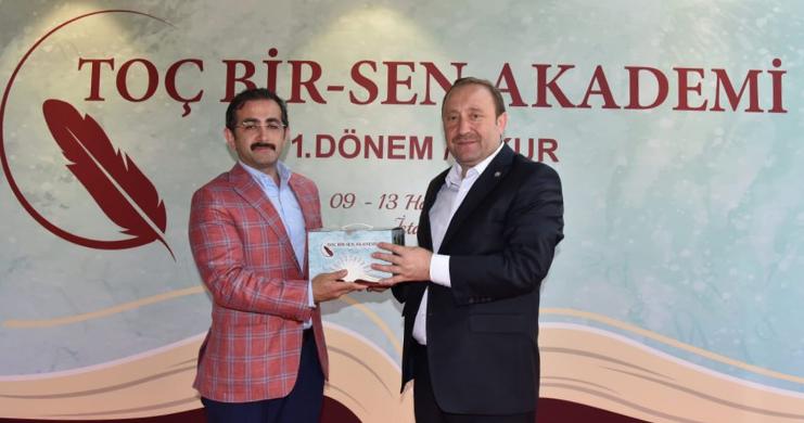 Toç Bir-Sen Akademi Payitaht İstanbul'da Gerçekleştirildi